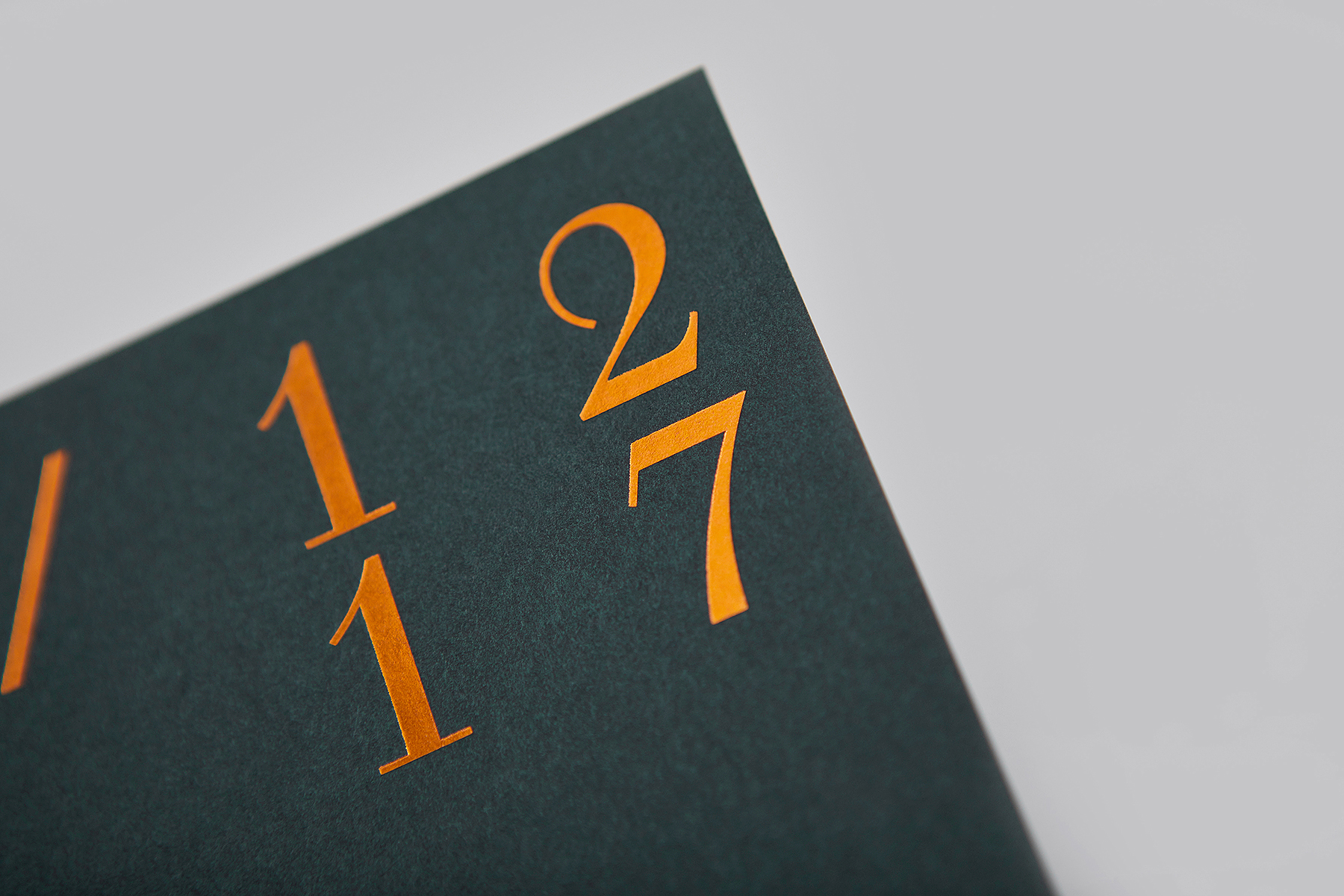 NOTJUST Weihnachtsdinner Grafik Print Design Heissfolie Einladungskarte